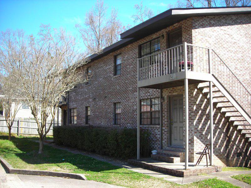 Chapel Row Apartments