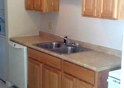 Kitchen of Columns Apartments in Auburn, AL